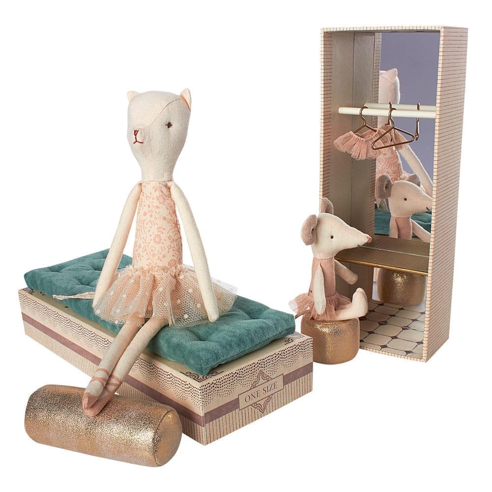 Maileg – Dancing Cat and Mouse – in Shoebox – 28 cm
