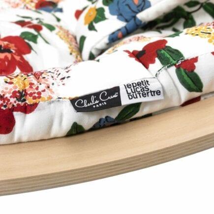 Charlie Crane Babywippe LEVO - Buchenholz - Hibiscus