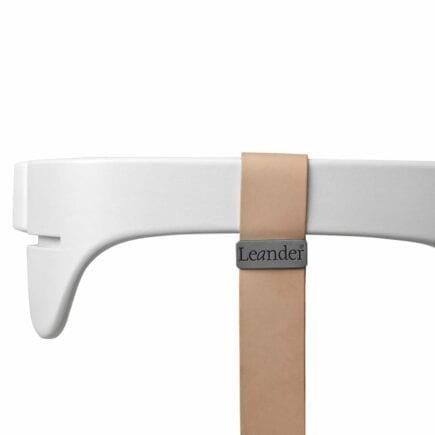 Leander - High Chair, Safety Bar White + Strap Natural