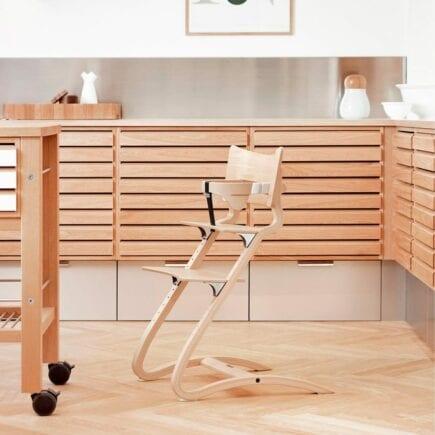 Leander-Classic-Safetybar-Highchair-Whitewash