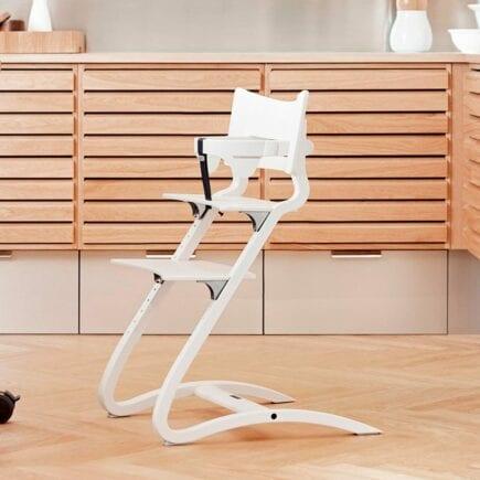Leander-Classic-Safetybar-Highchair-White