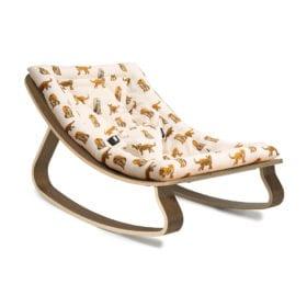 Wipstoeltje LEVO – Walnut – Jaguar