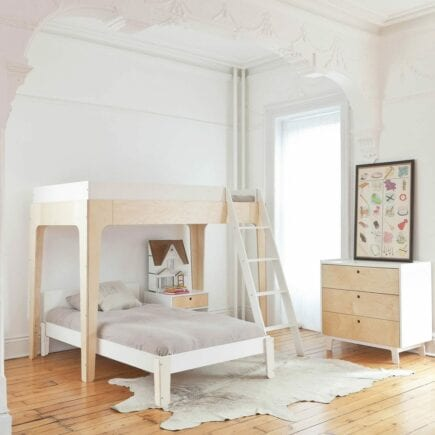 oeuf-nyc-junior-bunk-bed-perch-birch-roomsetting-Lshape