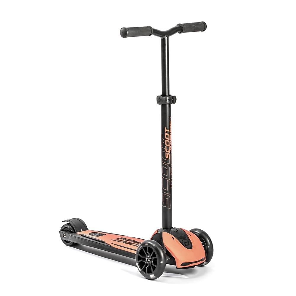 Scoot & Ride – Highwaykick 5 + LED – Peach