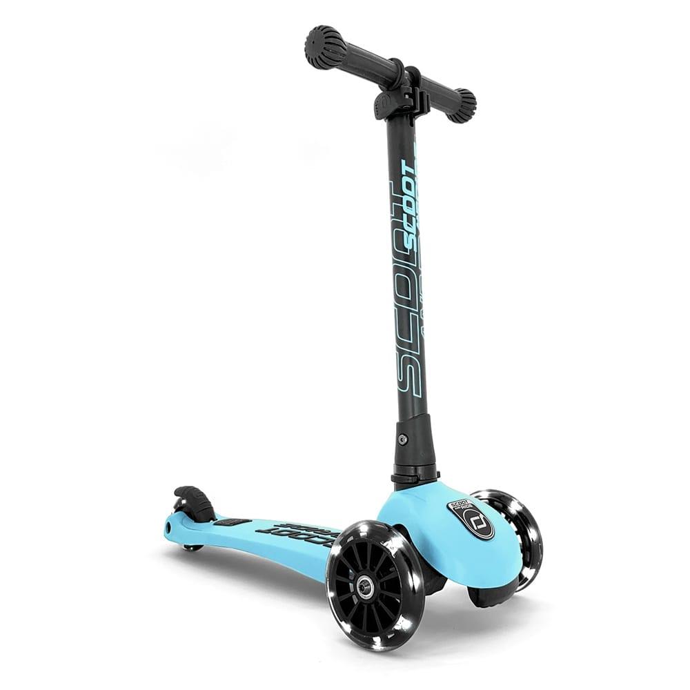 Scoot & Ride – Highwaykick 3 + LED – Blueberry