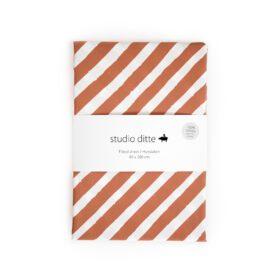 Studio Ditte – Hoeslaken – Streep Roestbruin – 90 x 200 cm